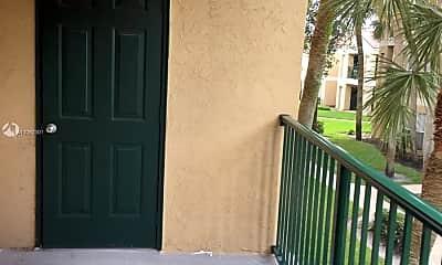 Patio / Deck, 949 Riverside Dr 421, 2