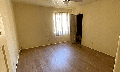 Living Room, 1307 Silver Ave SW, 1