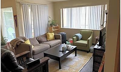 Living Room, 5219 Brooklyn Ave NE, 0
