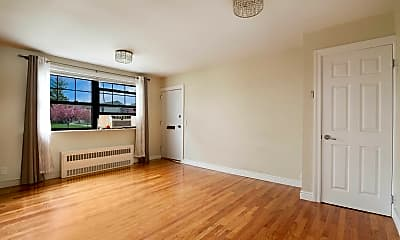 Living Room, 136-27 Jewel Ave A, 0