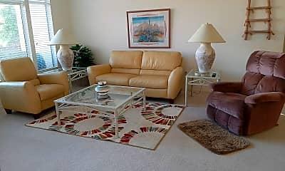 Living Room, 22520 N Via De La Caballa, 2