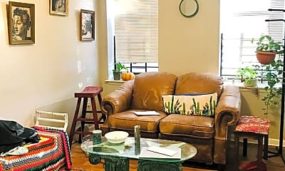 Living Room, 1743 W Diamond St, 1
