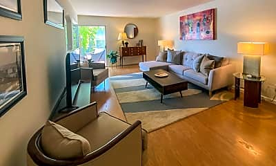 Living Room, 3416 N 44th St 43, 1