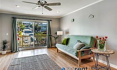 Living Room, 1707 Pacific Coast Highway, 1