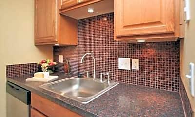 Kitchen, Legacy at Gulf Pointe, 1