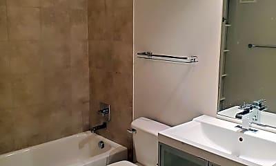 Bathroom, 4040 N Hall St, 1