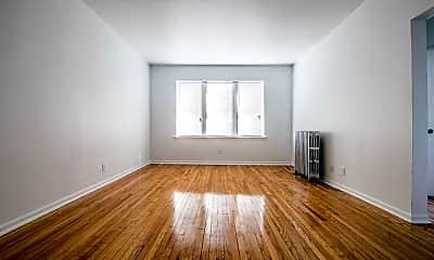 Living Room, 418 S Laramie Ave, 2