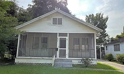 Building, 452 Bernardo St, 0