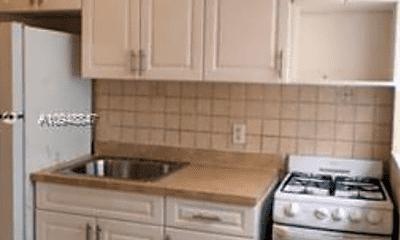 Kitchen, 330 SW 74th St, 2