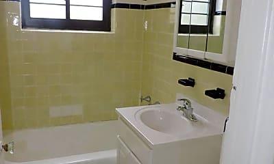 Bathroom, 301 Custer Ave, 2