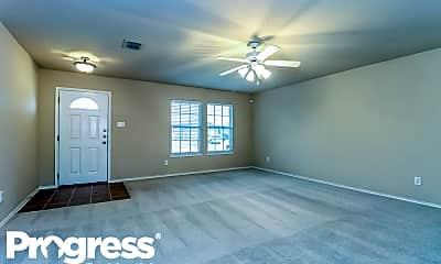 Living Room, 1208 Gayle St, 1