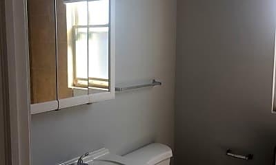 Bathroom, 7204 S Cornell Ave, 2