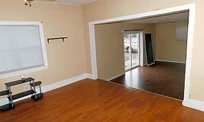 Living Room, 205 Fair St, 2