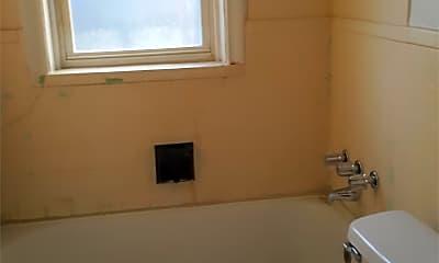 Bathroom, 3561 Itaska St, 2