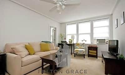 Living Room, 500 W Fullerton Pkwy, 2