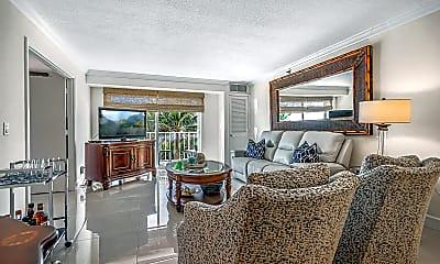 Living Room, 4511 S Ocean Blvd 305, 1