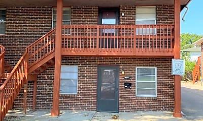 Building, 3512 S Lynn St, 1