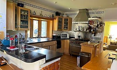 Kitchen, 106 Shore Dr, 2