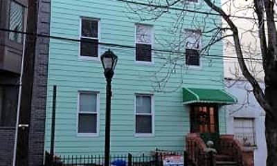 Building, 124 Jackson St 1, 2