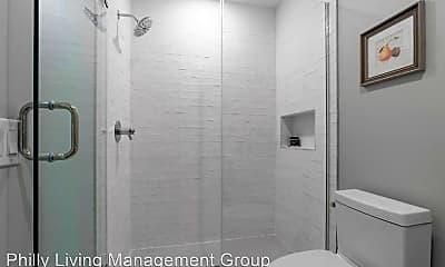 Bathroom, 52 W Washington Ln, 2