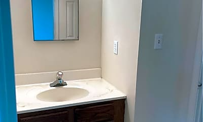 Bathroom, 100 Willis Manor Dr, 2