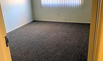 Living Room, 7443 Elm St, 1