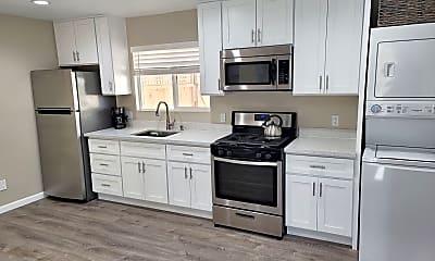 Kitchen, 21155 Garden Ave, 1