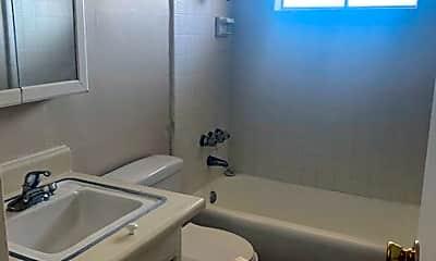 Bathroom, 37219 Bankside Dr, 1