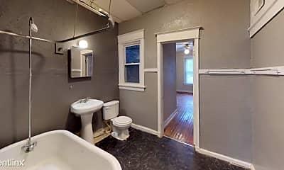 Bathroom, 120 E 43rd St, 0