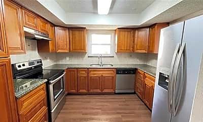 Kitchen, 815 W Rochelle Rd, 0