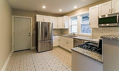 Kitchen, 7915 S Wabash Ave, 2