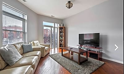 Living Room, 1407 S Halsted St 2B, 1
