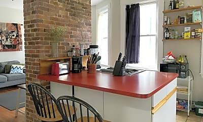 Kitchen, 589 Franklin St, 1
