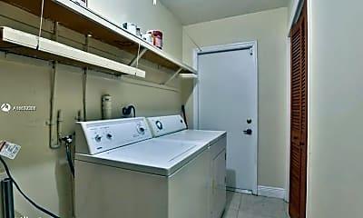 Kitchen, 1711 Red Rd, 2