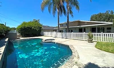Pool, 920 E Grinnell Dr, 0
