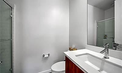 Bathroom, 13167 Victory Blvd, 2