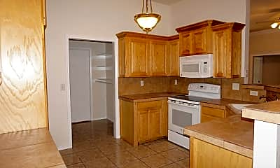 Kitchen, 4505 Trevino St, 1
