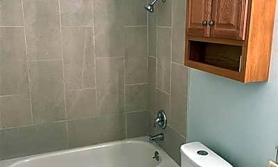 Bathroom, 4702 Lake Pl, 2