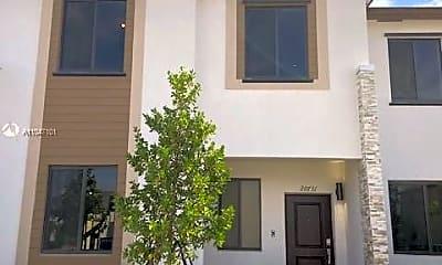Building, 20731 NE 7th Pl 20731, 2