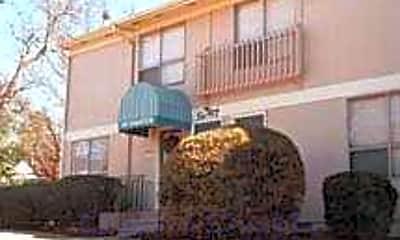 Wynwood Apartments, 2