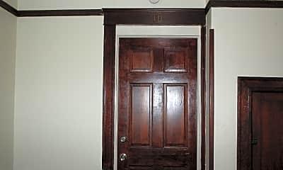 Bedroom, 3343 Esplanade Ave, 1