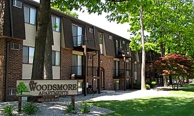The Woodsmore, 0