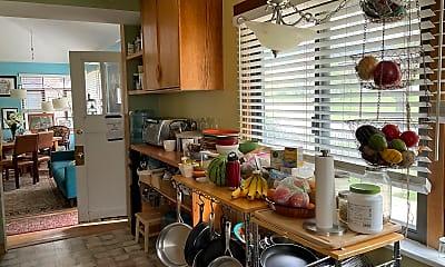 Kitchen, 2824 9th St, 2