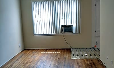 Living Room, 1123 Linden Ave, 0