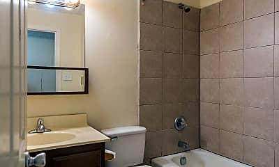 Bathroom, 352 Redding Rd, 2