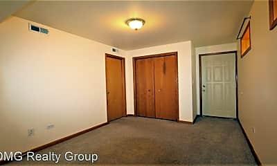 Bedroom, 1086 N Marshfield Ave, 2