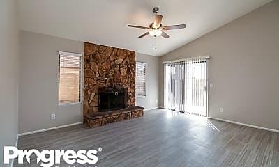 Living Room, 6629 W Poinsettia Drive, 1