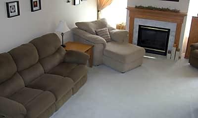 Living Room, 7584 Derby Ln, 1