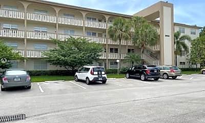 Building, 3005 Portofino Isle M2, 2