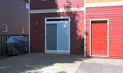 Building, 954 SE Elina Ave, 2